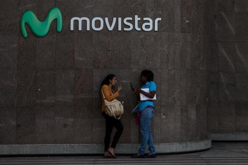 La española Telefónica Movistar y la estadounidense ATT se aseguraron hoy 40 megahercios (MHz) cada una del espectro licitado por el Instituto Federal de Telecomunicaciones (ITF) de México con un costo conjunto de 2.100 millones de pesos (113,5 millones de dólares). EFE/ARCHIVO