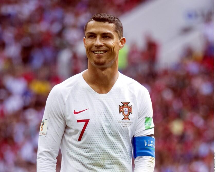 Ronaldo negó las acusaciones en el momento y ambas partes llegaron a un acuerdo extrajudicial en el que Ronaldo pagó 323 mil euros a Mayorga.