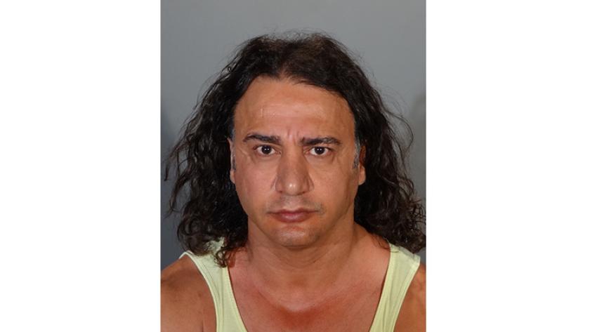 """Ali """"Antonio"""" Nozar, propietario de una clínica de depilación láser de Glendale, fue arrestado este miércoles luego de que varias mujeres reportaran haber sido tocadas de forma inapropiada durante los tratamientos ."""