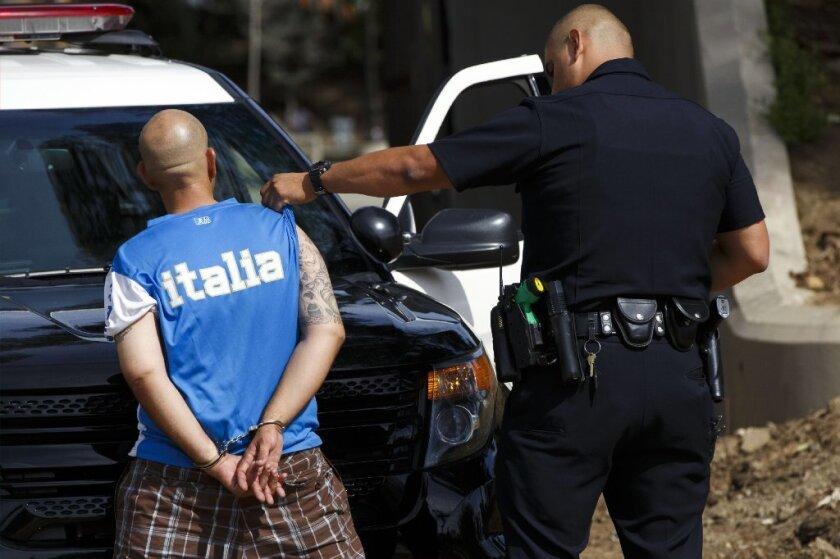 El reporte de OIG también comparó las prácticas de publicar videos y otros detalles sobre las balaceras en otros estados para encontrar que Las Vegas, tiene uno de los departamentos de policía más liberales en este aspecto.