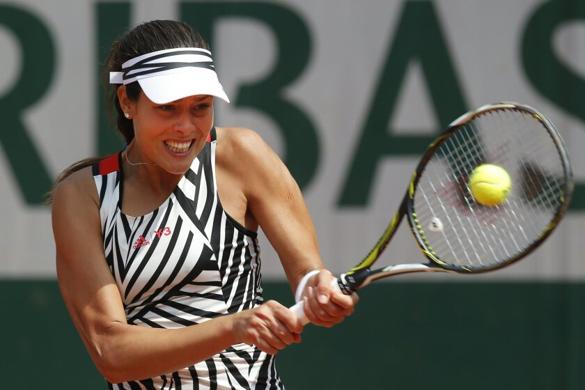 Serbia's Ana Ivanovic returns in the third round match of the French Open tennis tournament against Ukraine's Elina Svitolina at the Roland Garros stadium in Paris, France, Saturday, May 28, 2016. (AP Photo/Michel Euler)
