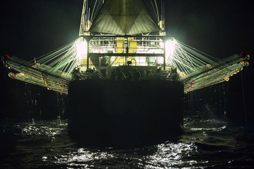 El Gran Muro de Luz: el poder marítimo chino en Sudamérica
