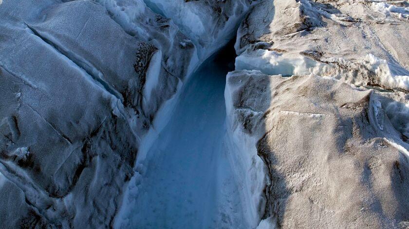 GREENLAND-ENVIRONMENT-ARCTIC-GLACIER