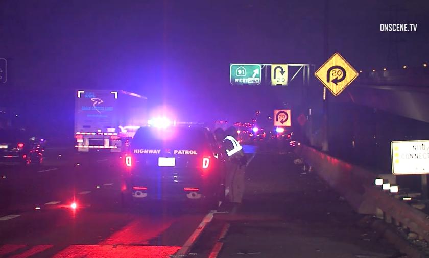 4 killed in fiery crash