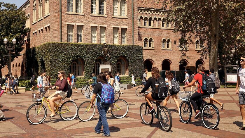 LOS ANGELES, CA SEPTEMBER 23, 2015 -- Students make their way through the campus of USC in Los Angel
