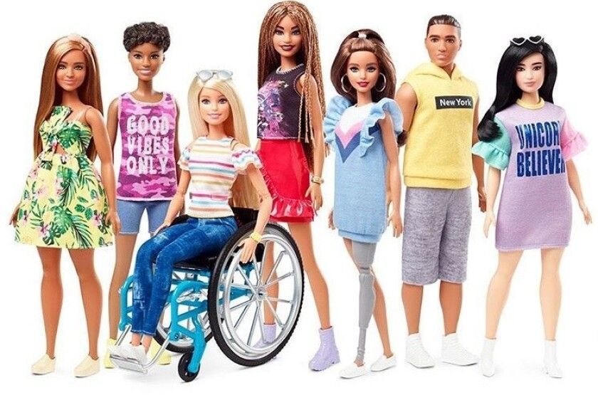 Una Barbie discapacitada y en silla de ruedas, causa sensación entre la audiencia.