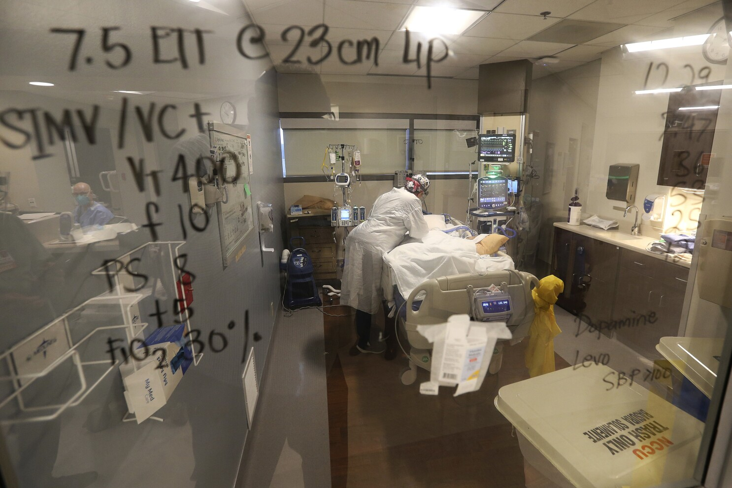 ICU beds in San Joaquin Valley drop to concerningly low levels - Los  Angeles Times