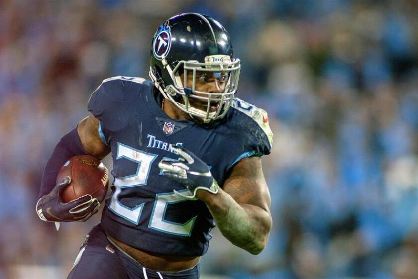 Tennessee Titans running back Derrick Henry carries the ball against the Jacksonville Jaguars in the second half of the NFL American Football game between the Jacksonville Jaguars and the Tennessee Titans at Nissan Stadium in Nashville, Tennessee, USA, Dec. 06, 2018. EPA-EFE/RICK MUSACCHIO