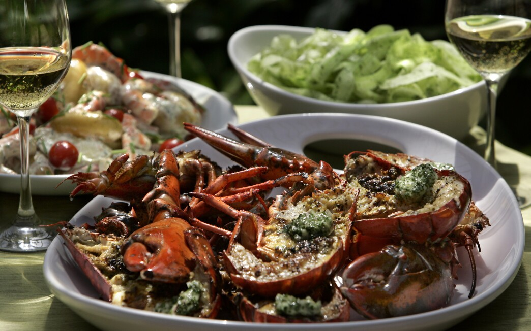Grilled lobster with shallot butter and cucumber `noodles'