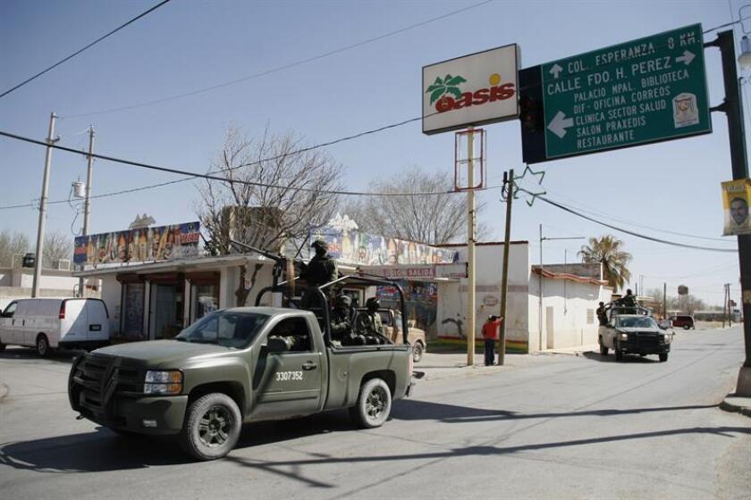 El 59 % de los mexicanos apoya que los militares participen legalmente y de manera continua en la seguridad pública, reveló un sondeo divulgado a unas horas de que se debata en el pleno del Senado la polémica Ley de Seguridad Interior. EFE/ARCHIVO