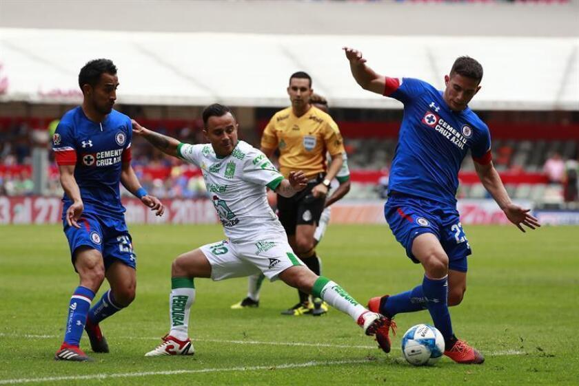 El Cruz Azul, líder y único invicto del campeonato, recibirá mañana al Toluca, finalista del pasado Clausura, en el partido más esperado de la sexta jornada del torneo Apertura 2018 del fútbol mexicano que empezará hoy. EFE