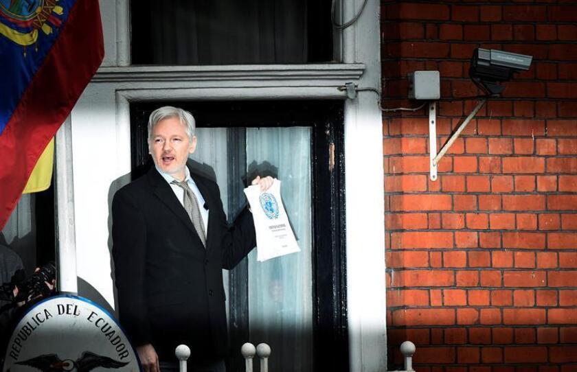 El fundador de Wikileaks, Julian Assange, y el exanalista de la Agencia de Seguridad Nacional estadounidense (NSA) Edward Snowden celebraron la conmutación de pena a la exsoldado Chelsea Manning anunciada hoy por el presidente Barack Obama. EFE/ARCHIVO