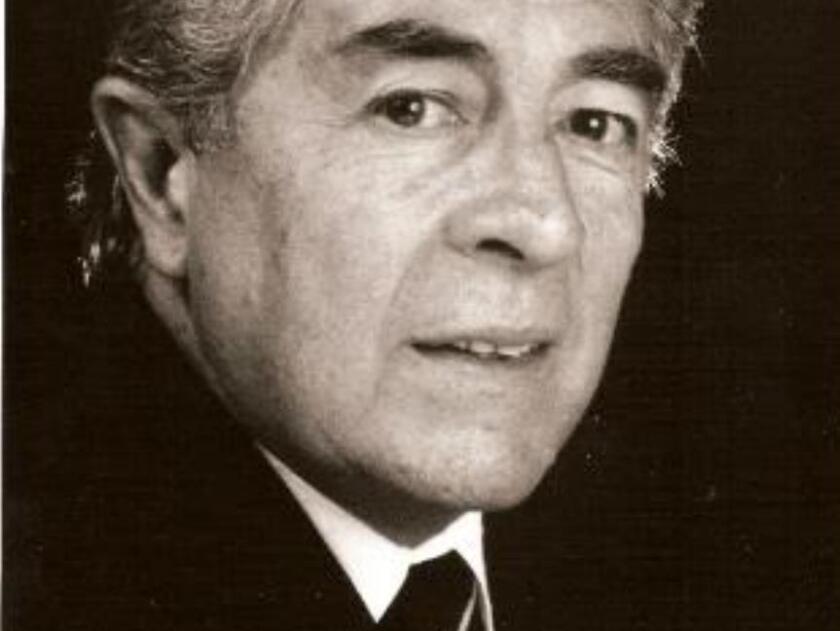 Fue considerado un Primer Actor en vista de su participación en teatro, cine, televisión y fotonovelas.