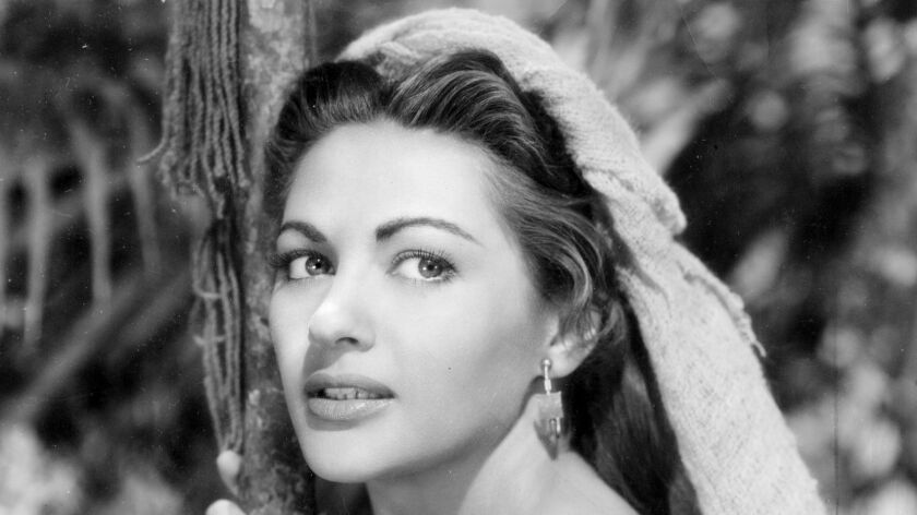 From The Archives Yvonne De Carlo  Wife On Tvs The Munsters