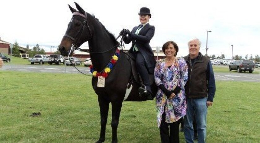Emily Lents on Highover All The Rage with parents Dianne and Murphy Lents