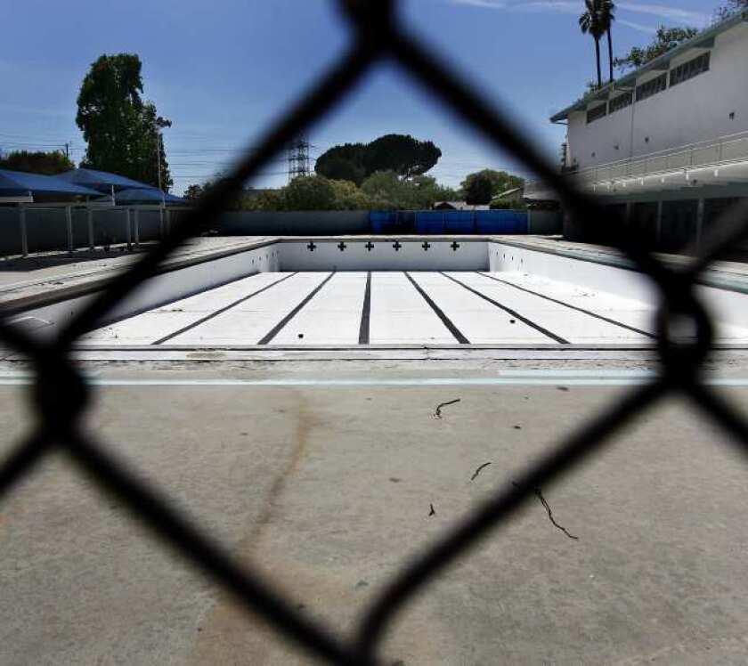 Verdugo pool opening pushed back