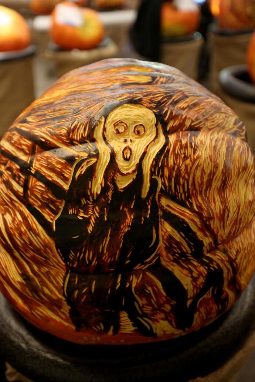 tn-vsl-me-descanso-carved-pumpkins-20191024-6