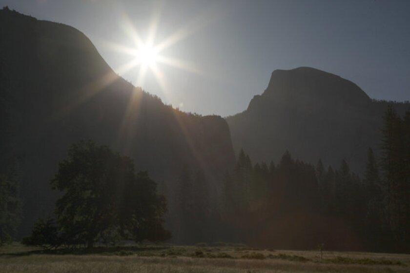 Yosemite hiker missing
