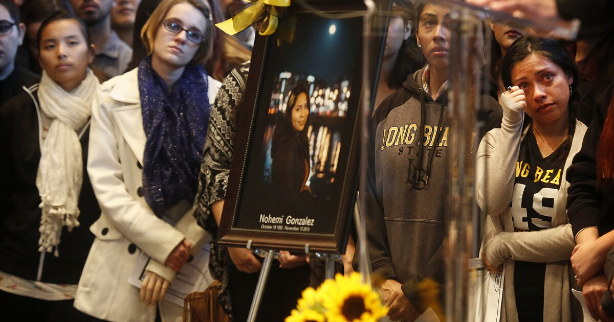 Photos Memorial For Nohemi Gonzalez At Cal State Long Beach Los Angeles Times