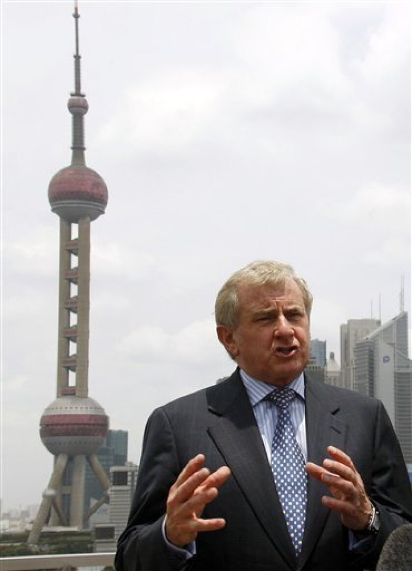 """Australia's Trade Minister Simon Crean speaks at a press conference on the Bund in Shanghai, China, Saturday, July 11, 2009. After meeting with Chinese officials Crean said he expressed """"strong concern"""" about the detention of a Rio Tinto Ltd. employee on spying charges. (AP Photo)"""