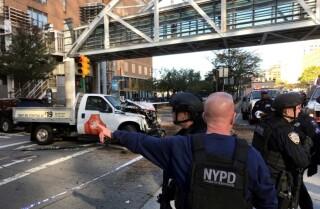 Un automovilista arrolló a decenas de personas en Manhattan