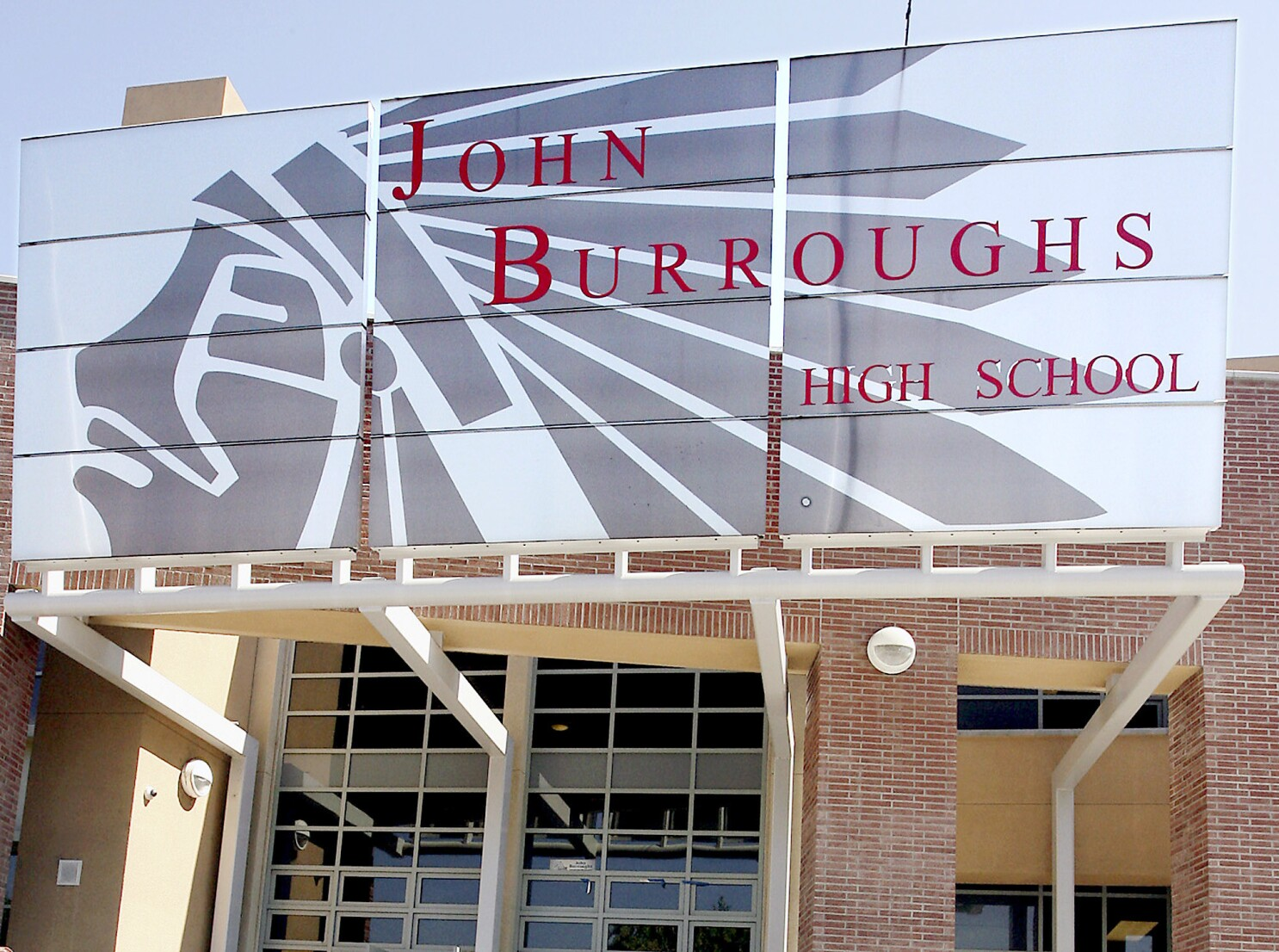 John Burroughs High targeted with fake threat, Burbank officials ...