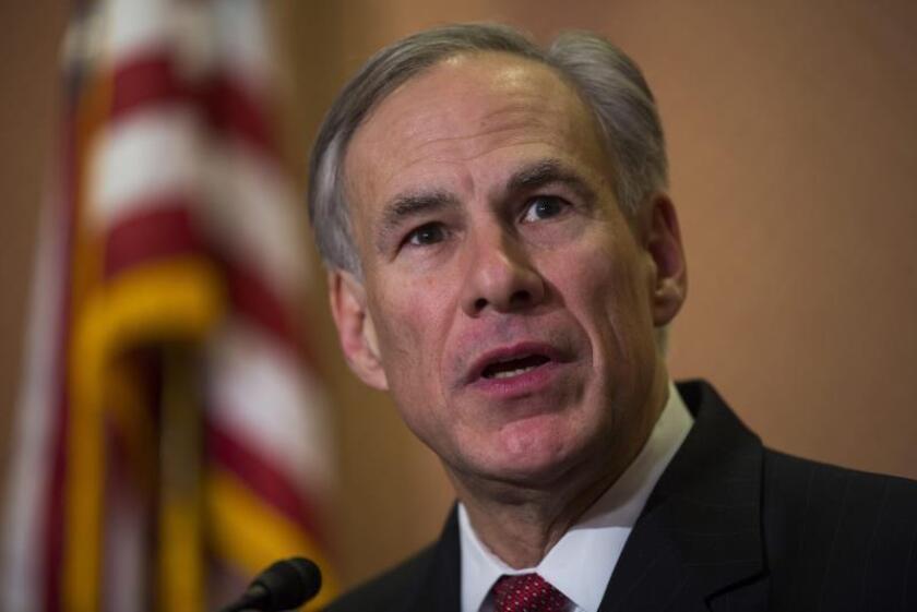 Gobernador de Texas emite órdenes ejecutivas para detener a tiradores masivos