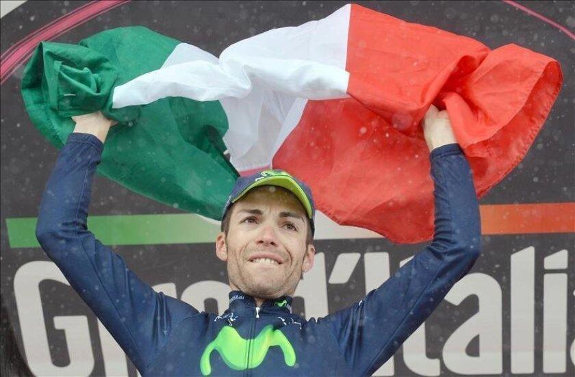 El italiano Giovanni Visconti continuó la fiesta del Movistar al lograr la cuarta etapa del equipo español en la presente edición del Giro de Italia. EFE/Archivo