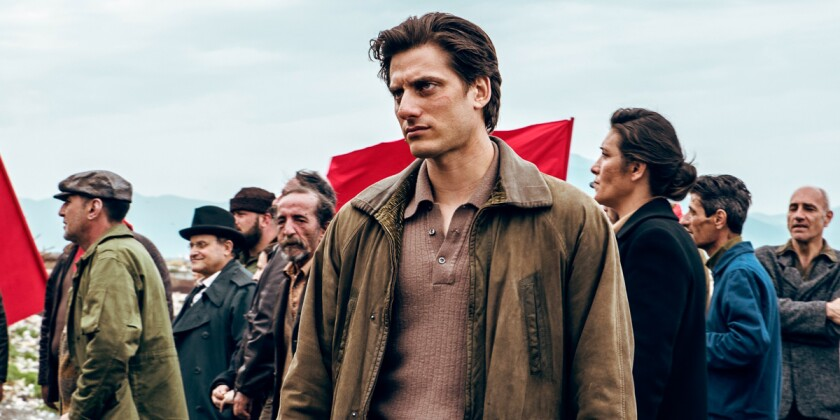 """Luca Marinelli in the movie """"Martin Eden."""""""