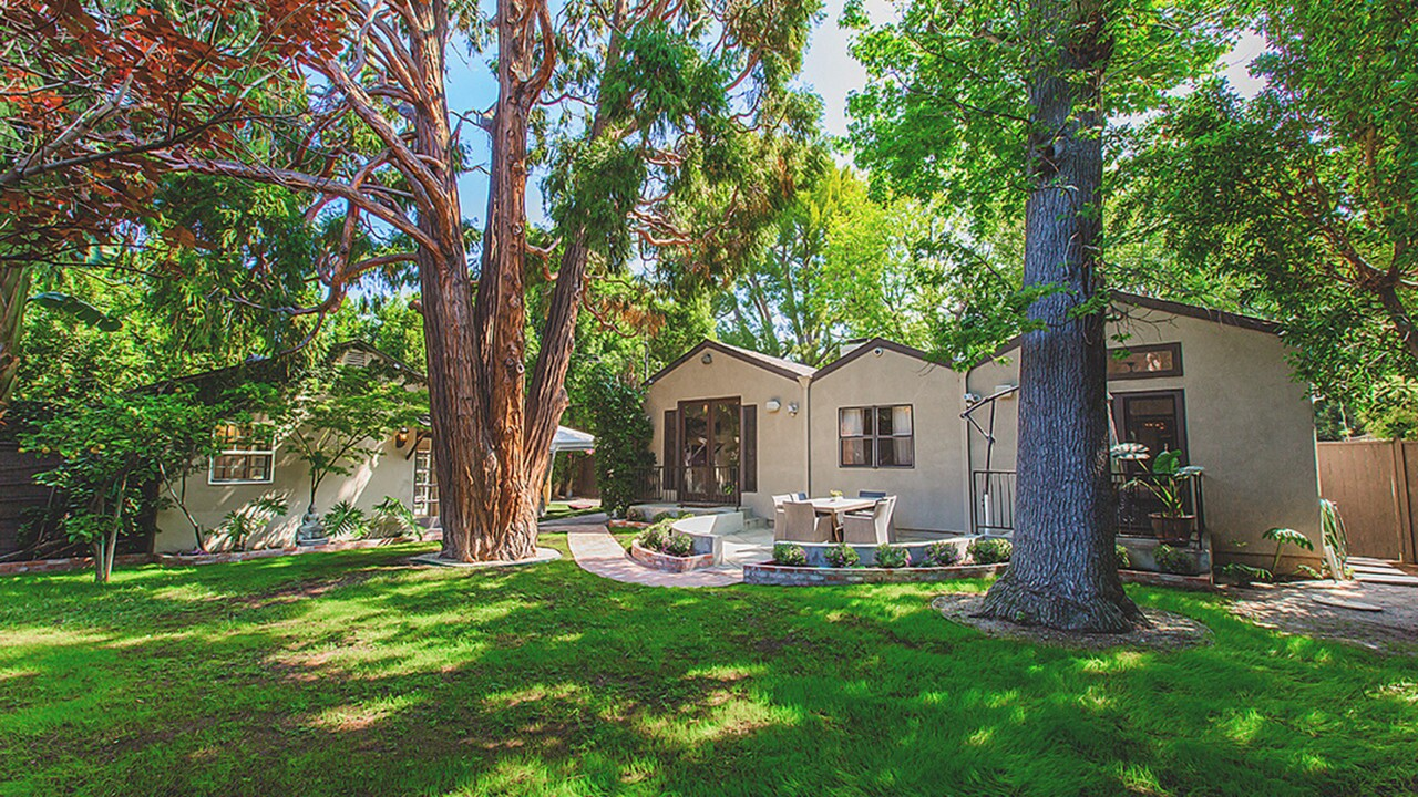 Hot Property | Carrie Ann Inaba