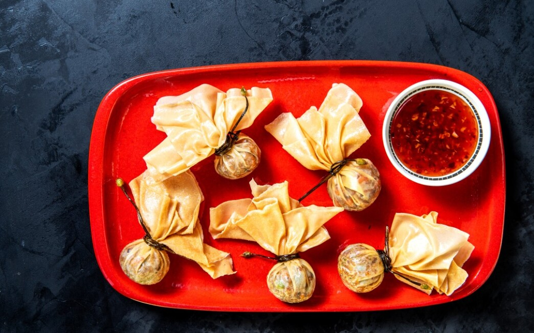 Golden Bag Chicken Dumplings With Thai Sweet Chili Sauce