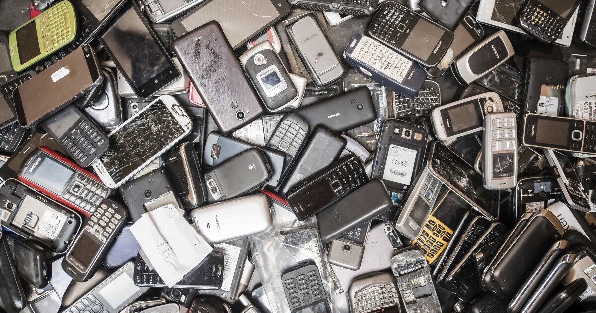 World's pile of electronic waste grows ever higher, study shows