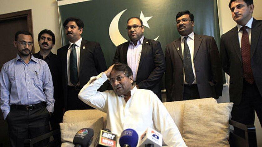 Former military ruler Pervez Musharraf returns to Pakistan