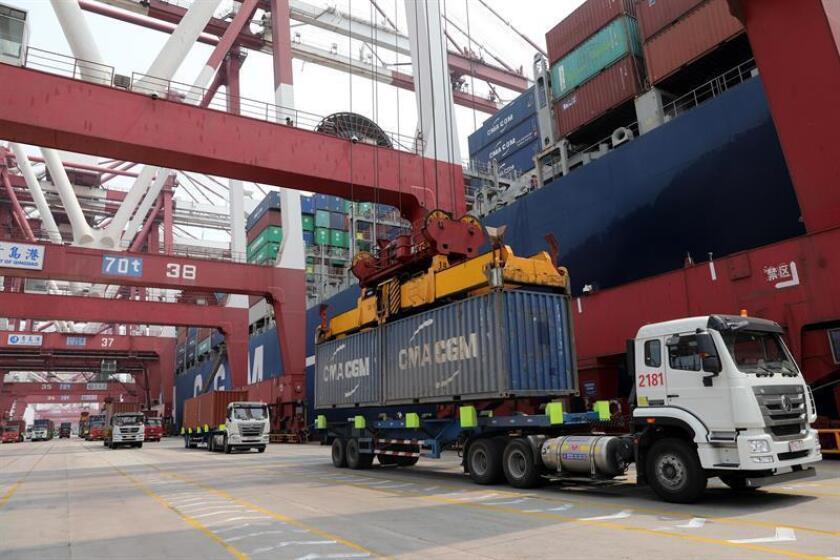 El Gobierno se prepara para imponer oficialmente mañana jueves aranceles del 25 % a bienes de China por valor de 16.000 millones de dólares, en lo que supone otro episodio en la guerra comercial entre las dos mayores economías del mundo. EFE/ARCHIVO