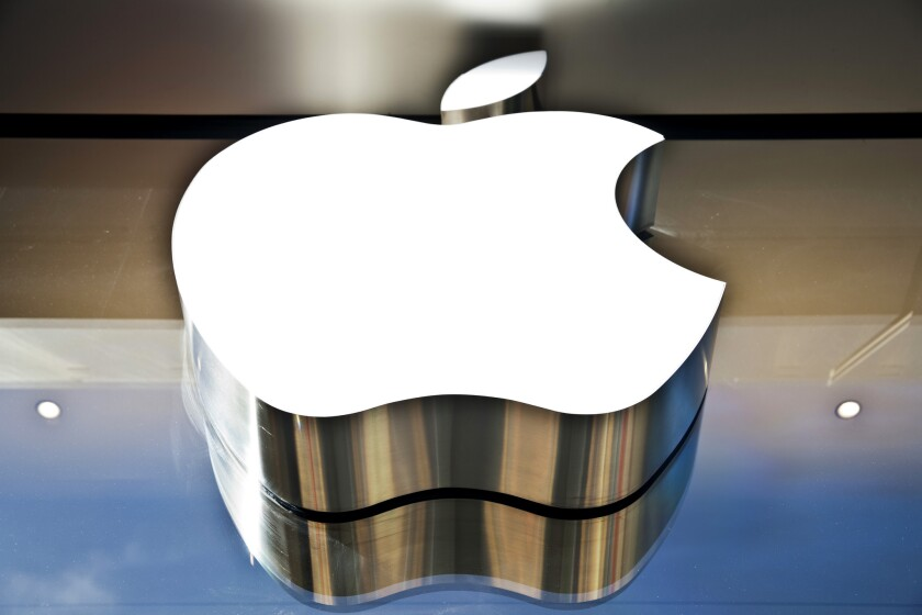 Apple has acquired the technologies of BroadMap and Catch, devoted to mapping and note-taking, respectively.