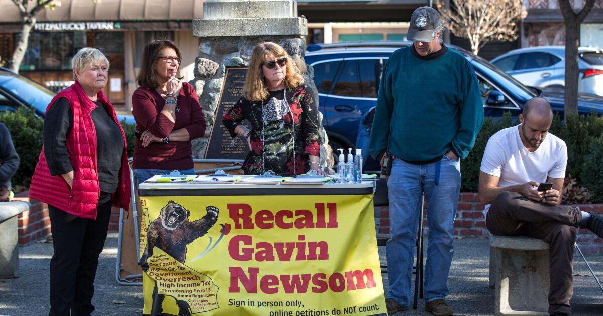 Newsom recall effort moves closer toward making the ballot  - Los Angeles Times