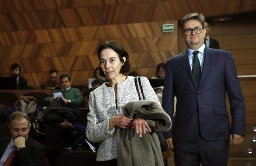 """El Fondo Monetario Internacional (FMI) destacó hoy la """"impresionante recuperación económica"""" de España, pero insistió en la necesidad de subir la recaudación por IVA y aumentar los impuestos medioambientales para avanzar en el ajuste fiscal """"gradual"""" y reducir la """"abultada"""" deuda pública. EFE/ARCHIVO"""
