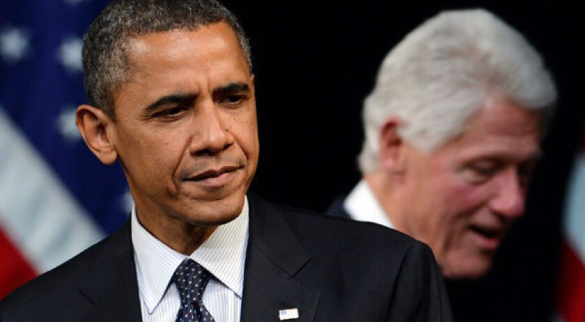 Bill Clinton clarifies comments on extending Bush tax cuts