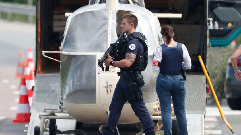 French prisoner escapes with helicopter, Gonesse, France - 01 Jul 2018