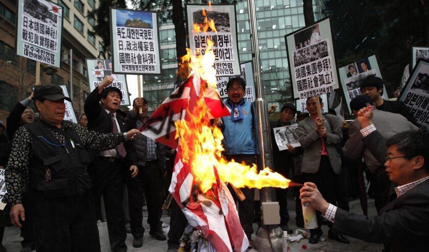 South Korea chides Japan after lawmakers visit war shrine