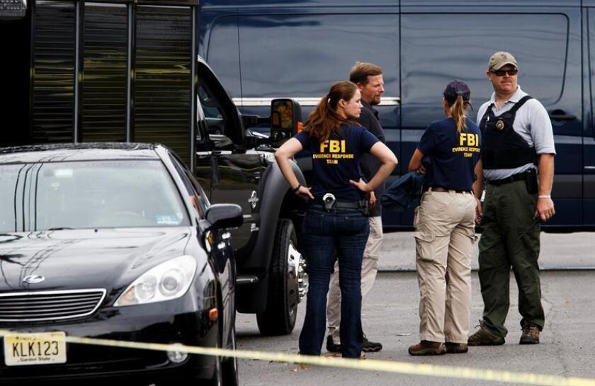 El FBI y policías locales registraron este martes una funeraria en Montrose, en el oeste de Colorado, por su relación directa con una compañía dedicada a la venta de órganos humanos, confirmó hoy la Fiscalía federal en el estado. EFE/Archivo