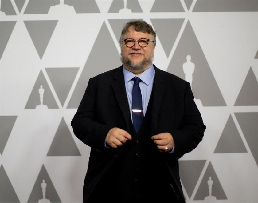 El director mexicano Guillermo del Toro posa en unos premios recientes. EFE/Archivo