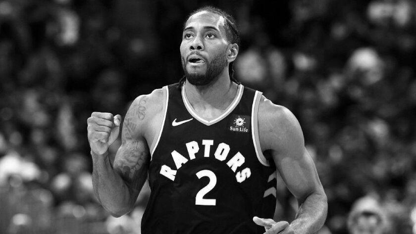 Toronto Raptors forward Kawhi Leonard (2),r m