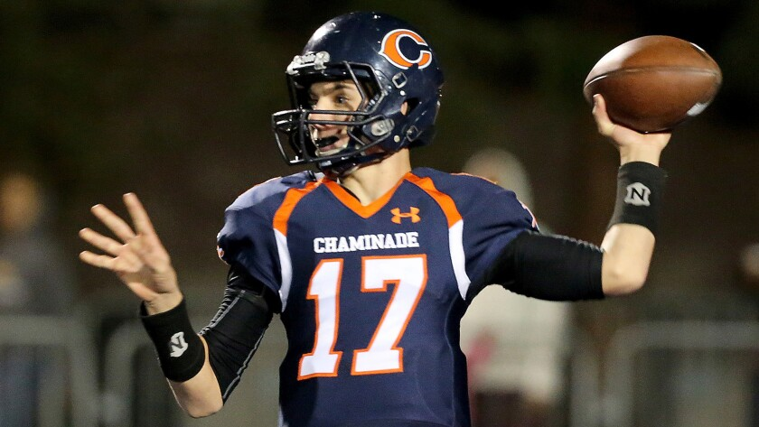 separation shoes ed725 5666f Column: A rare breed: Quarterbacks who stay at the same high ...