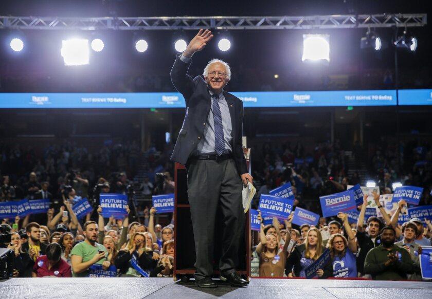 La campaña electoral del precandidato Bernie Sanders ya comenzó a invitar a la comunidad angelina para marchar durante el Primero de Mayo pidiendo salarios más justos, incremento del salario mínimo y pago justo de impuestos por parte de las corporaciones. (Elecciones, Estados Unidos) EFE/EPA/ERIK S. LESSER