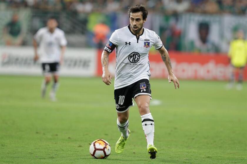 Jorge Valdivia from Colo Colo on Oct. 3, 2018, in a match between Palmeiras and Colo Colo at the Allianz Parque stadium in Sao Paulo (Brazil). EPA-EFE File/Sebastião Moreira