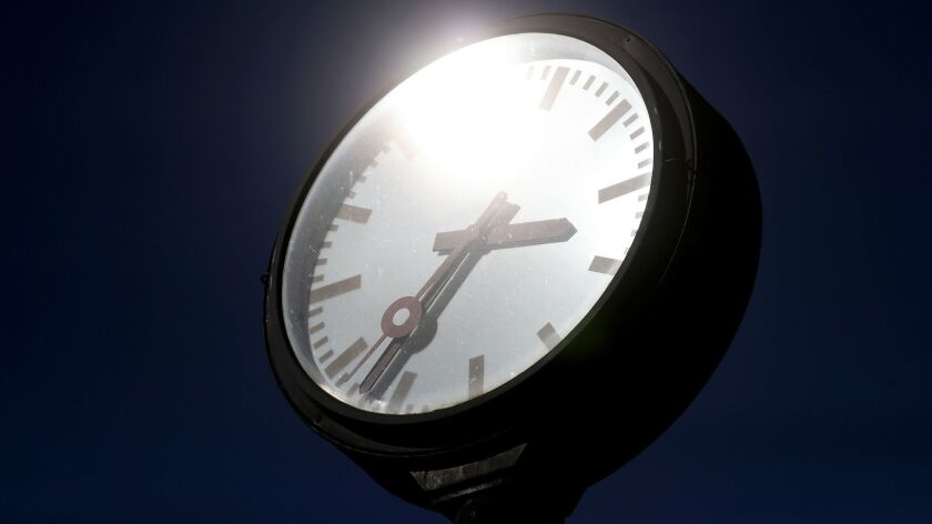 When at rest, people burn 10% more calories in the late afternoon and early evening than in the early morning hours.
