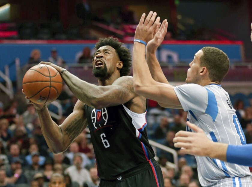 Clippers' DeAndre Jordan is getting efficient with hook shots