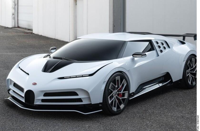 Sólo existen 10 autos en el mundo Bugatti Centodieci.
