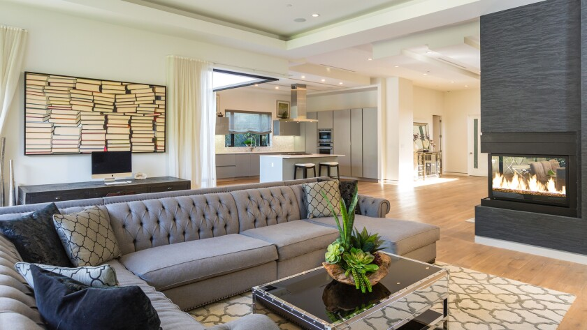 Lynn Swann scores a contemporary home in Hancock Park for